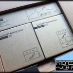 Cajas con accesorios y adaptadores