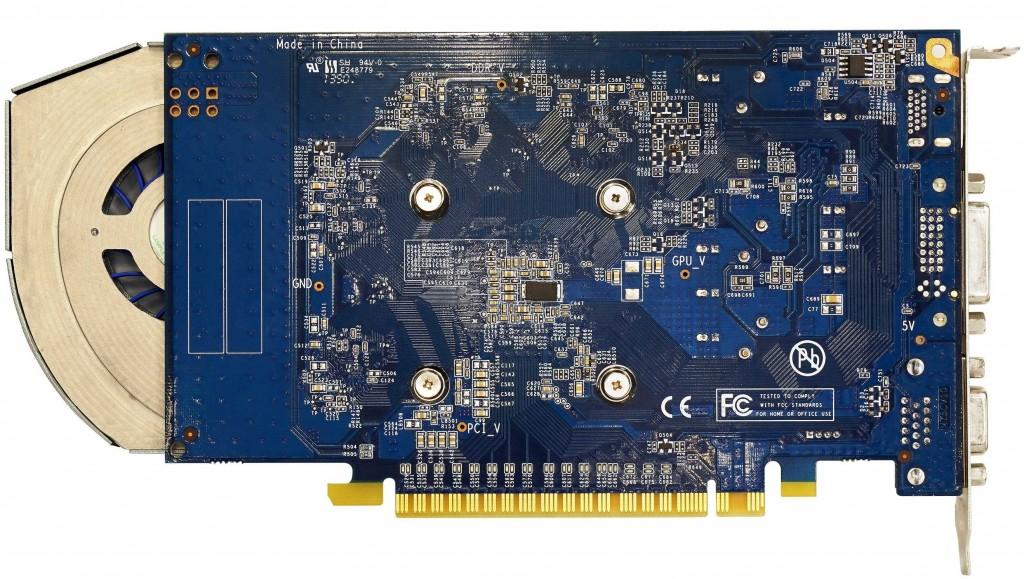Galaxy-GeForce-GTX-750-Ti-Razor-3