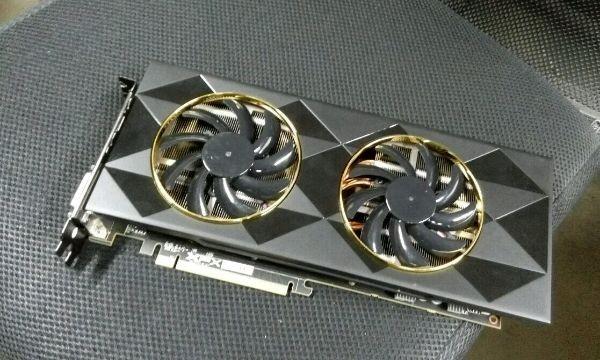 Photo of Supuestas primeras imágenes de la Radeon R9 390 Double Dissipation de XFX