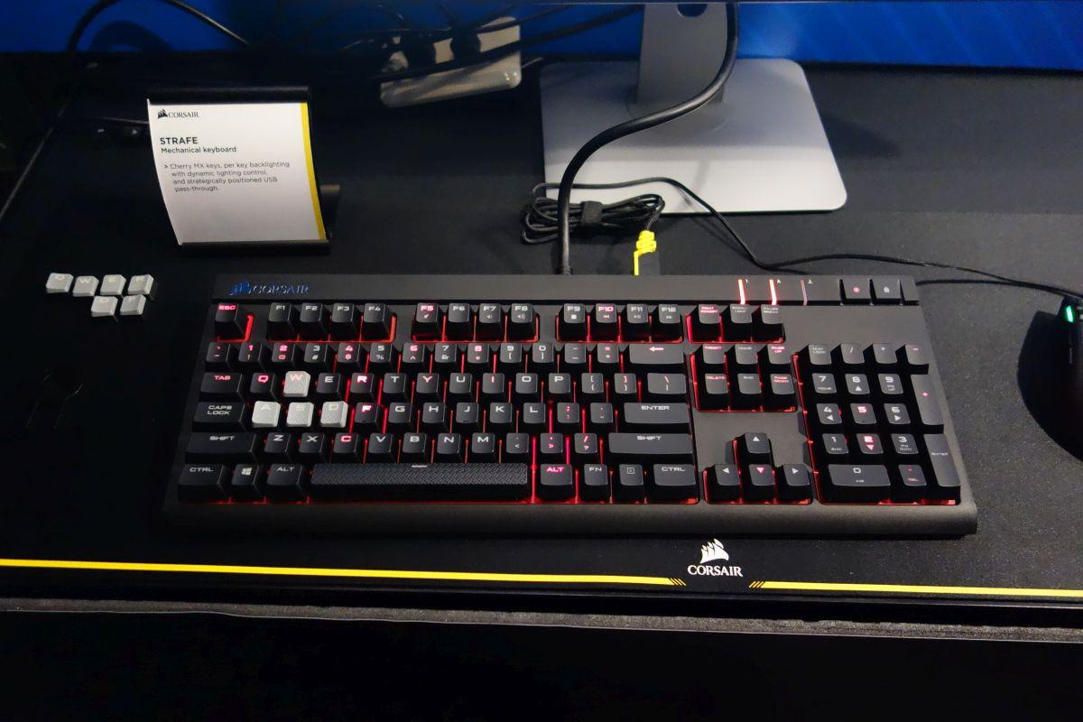 Photo of Corsair lanza su nuevo teclado mecánico Corsair Strafe