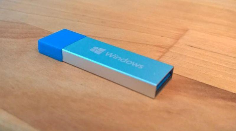 Win10-USB-drive-800x447