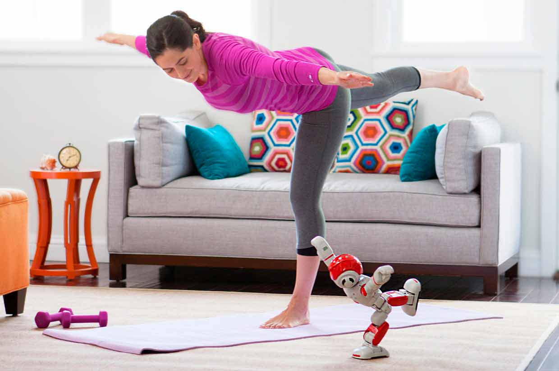 Photo of Alpha 2 el robot humanoide familiar