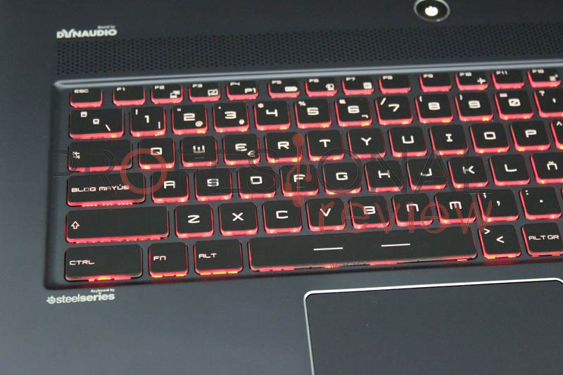 MSI-GS70-6QE-review04