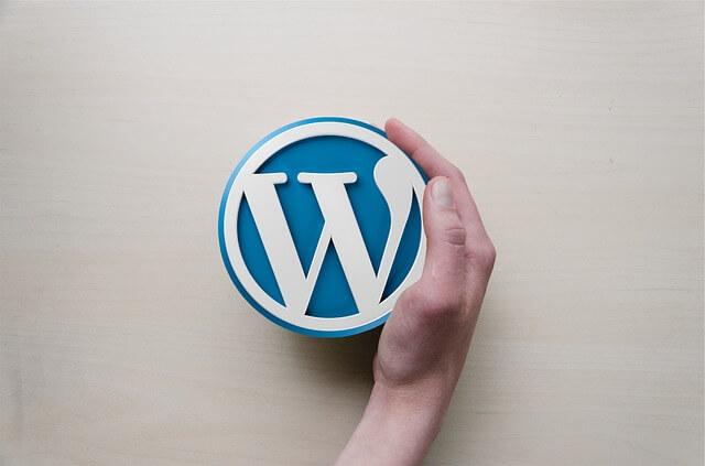 Wordpress 4.6 obtiene una fuente diferente en su panel