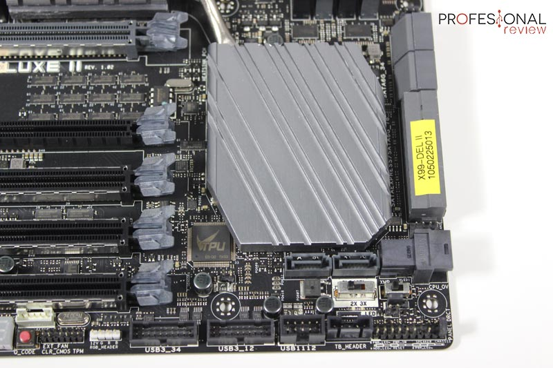 asus-x99-deluxe-ii-review03