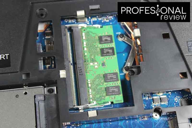 instalar memoria RAM DDR4 SODIMM