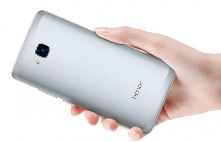 Huawei Honor 5C llega a Europa con unas excelentes características pero sin el sensor de huellas