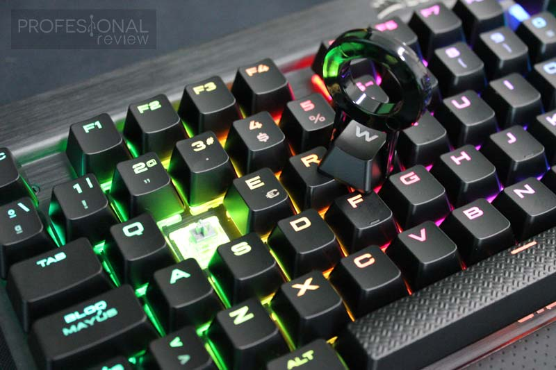 Corsair K70 RGB RAPIDFIRE review