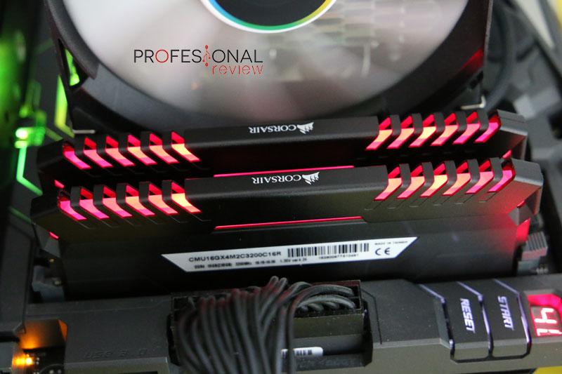 Corsair Vengeance LED DDR4 Review