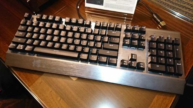 Photo of Mushkin anuncia su primer teclado mecánico, el Carbon KB-001