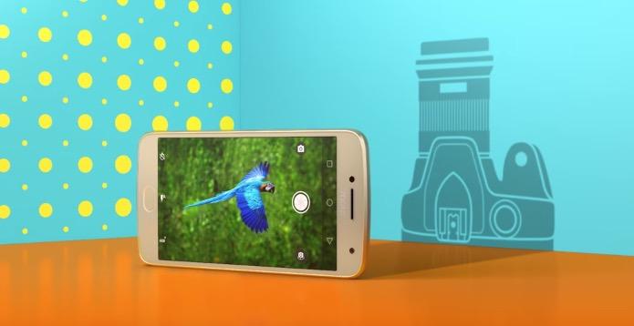 Photo of Android Oreo empieza a llegar a los Moto G5 y G5 Plus