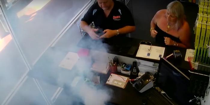 Photo of Un iPhone 6 Plus explota en una tienda de reparación de Australia