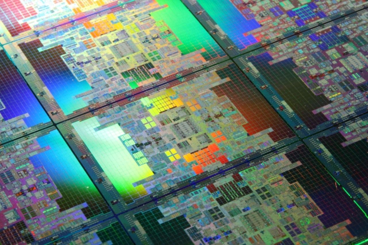 Photo of Los procesadores Intel Itanium finalizan con la serie 9700