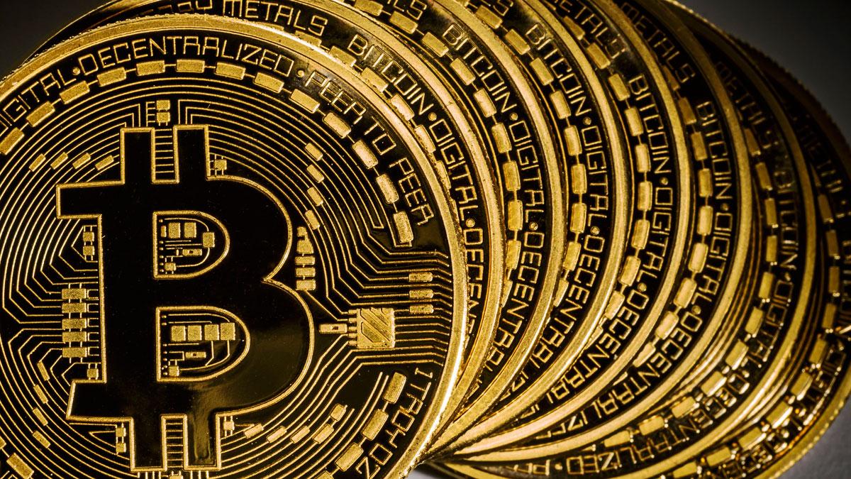 Photo of Robados 600 equipos de minería de Bitcoin en Islandia