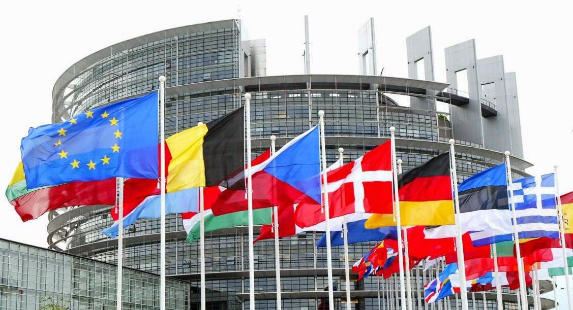 Photo of La Unión Europea puede bloquear páginas web a su elección