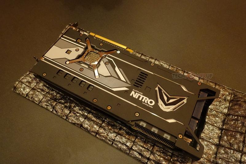 RX VEGA Nitro+