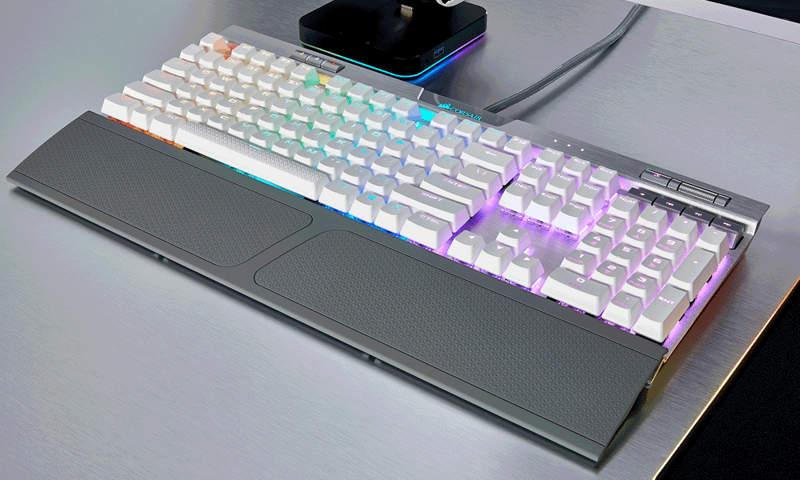 Corsair K70 RGB MK.2 blanco