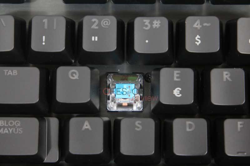 Logitech G513 Carbon GX Blue