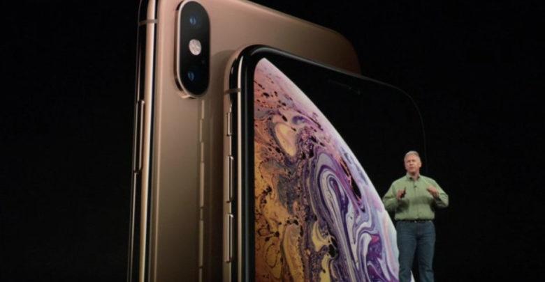 Photo of Una mujer denuncia a Apple por el notch de su iPhone