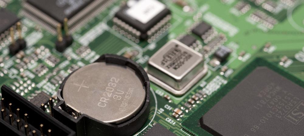 Componentes principales de la placa base y sus funciones