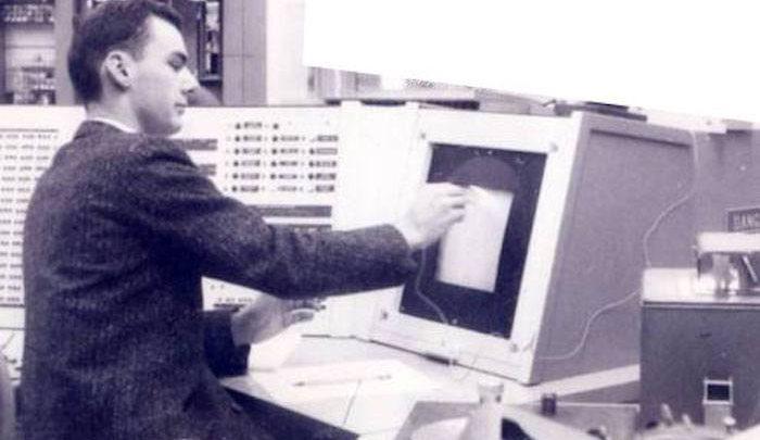 Photo of Muere el creador de Internet Lawrence Roberts a los 81 años