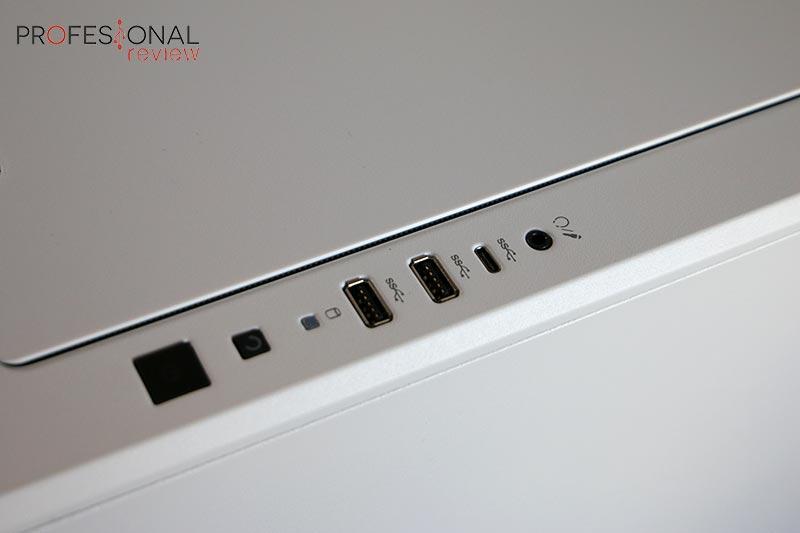Corsair Carbide 678C panel I/O