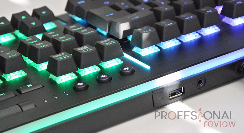 Thermaltake Level 20 RGB Teclado