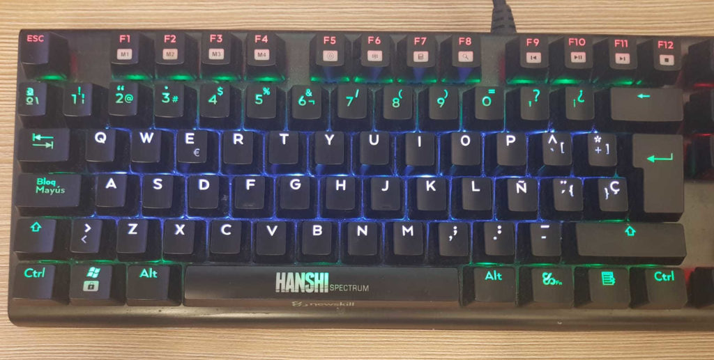 teclado mecánico Newskill Hanshi Spectrum