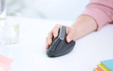 Photo of Ratón ergonómico: cómo encontrar el modelo ideal