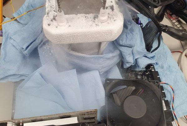 Photo of AMD Ryzen 7 3800X overclockeado a 5.9 GHz en LN2