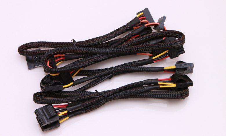 Photo of Reutilizar cables de una fuente de alimentación antigua puede ser tu ruina