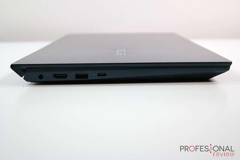 Asus ZenBook Duo Puertos