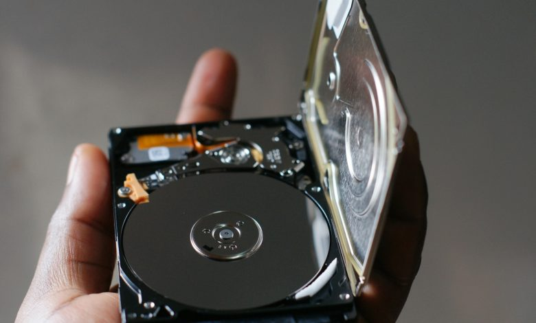 Photo of ¿Por qué se usa una cámara limpia para abrir discos duros?