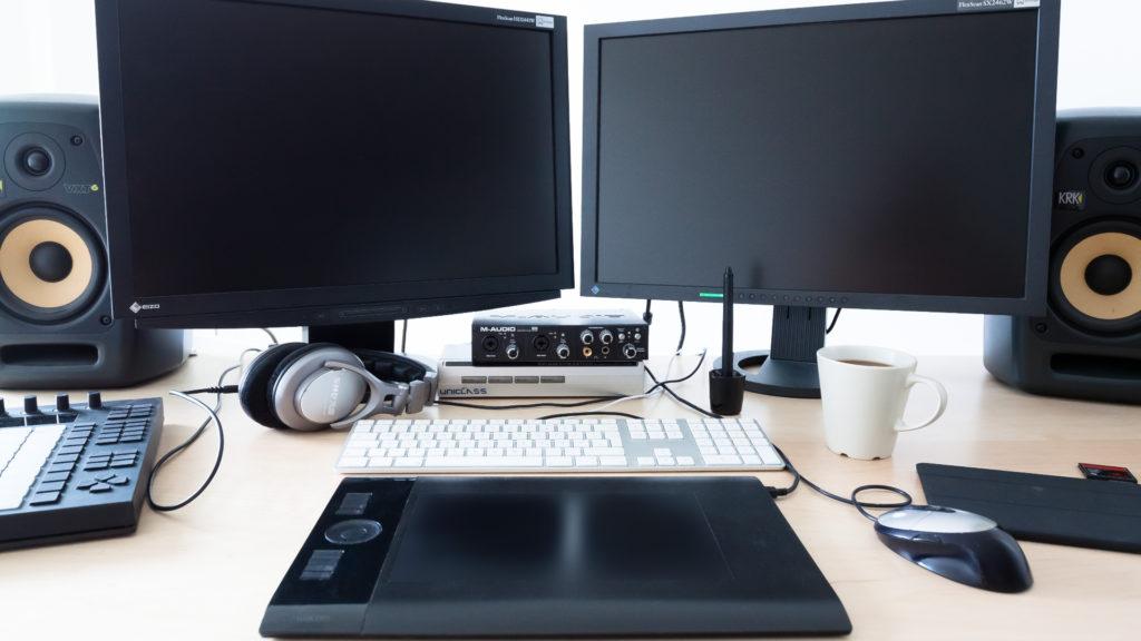 escritorio minimalista limpio