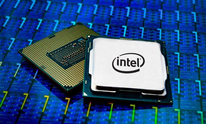 Photo of Intel Core i9-10980HK consume 135W a máxima potencia