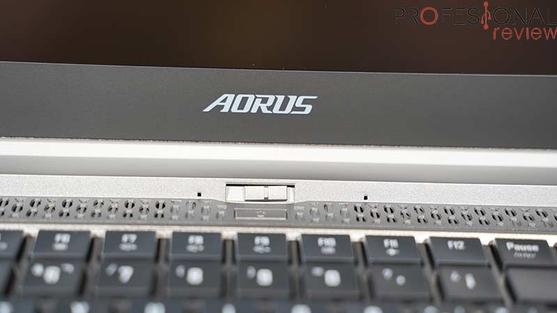AORUS 15G XB Webcam