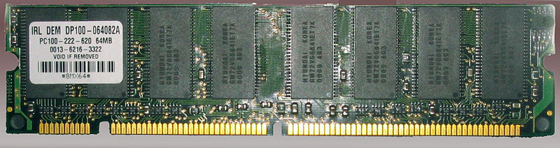 SDR SDRAM primer módulo