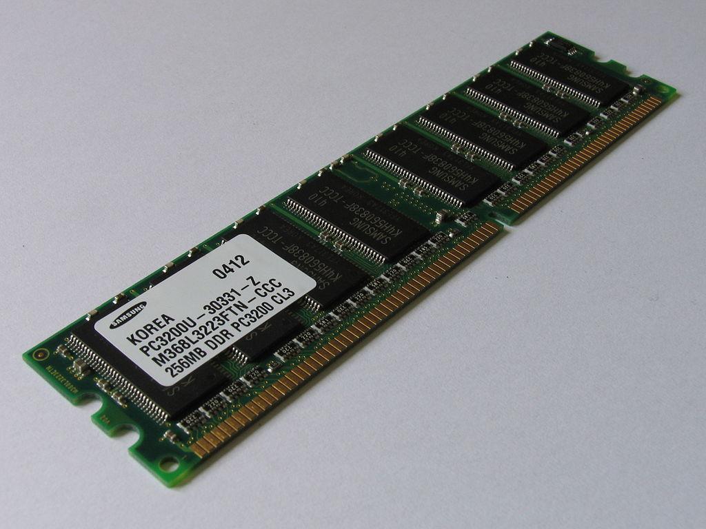Samsung DDR primer modulo