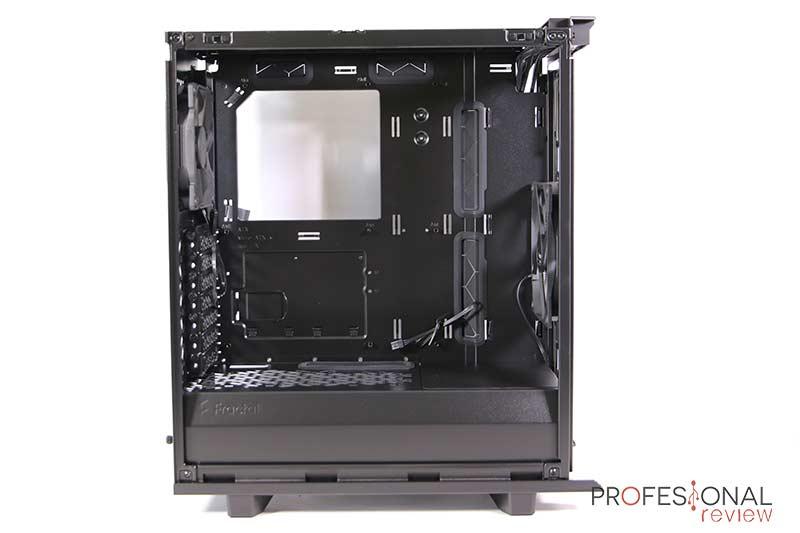 Fractal Define 7 Compact Black TG Interior