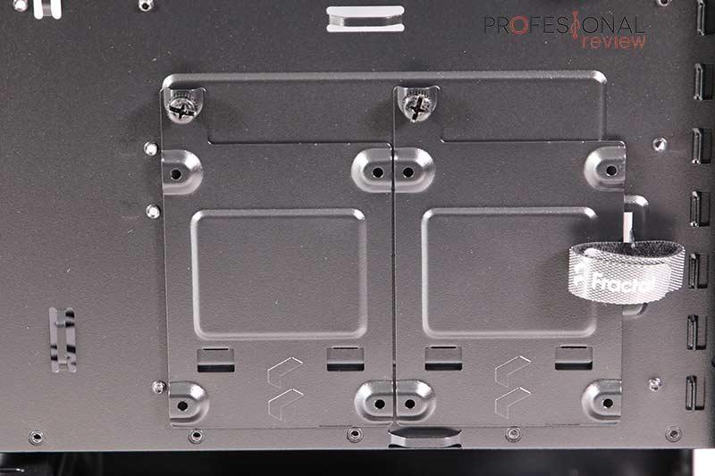 Fractal Define 7 Compact Black TG Almacenamiento