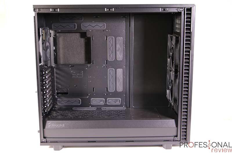 Fractal Define 7 XL TG Interior