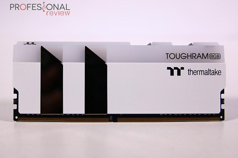 Thermaltake Toughram RGB 4400 Review