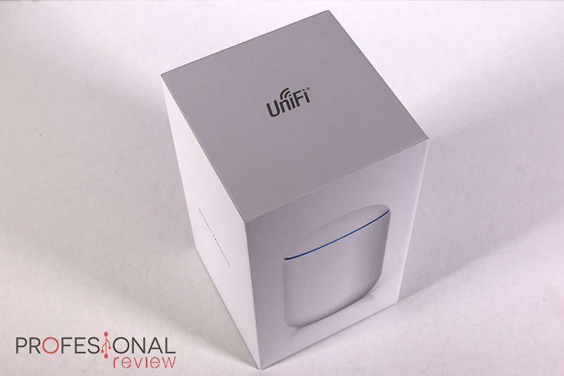 Ubiquiti UniFi Dream Machine Review