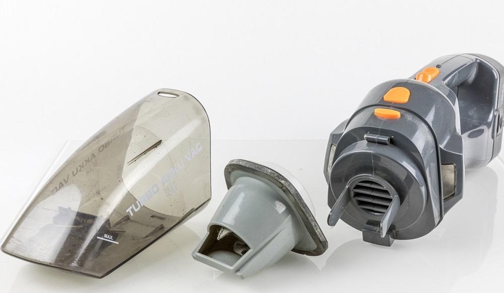 limpiar componentes pc polvo aspirador
