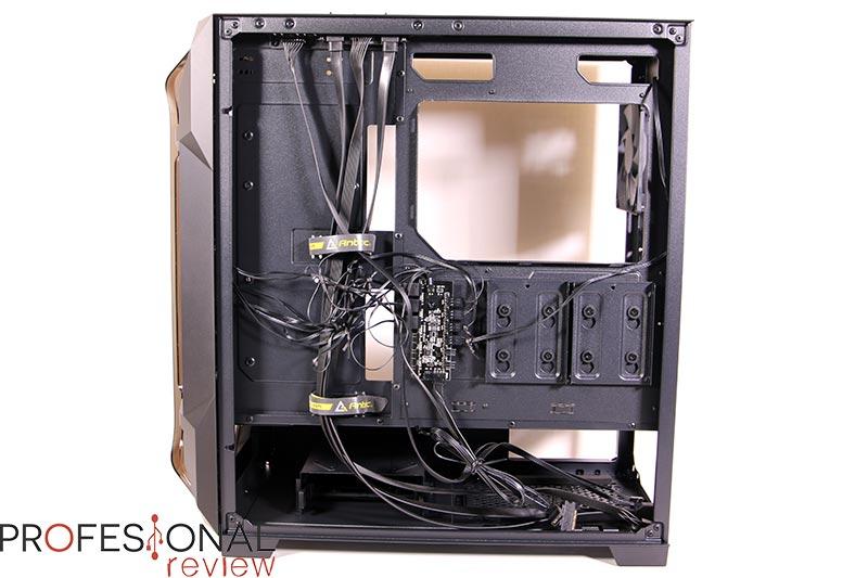 Antec DF600 Flux Almacenamiento