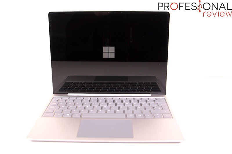 Microsoft Surface Laptop Go Review