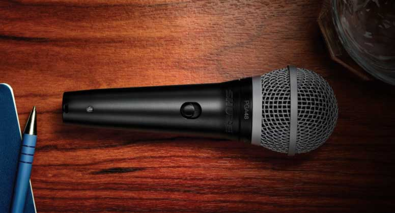 mejores micrófonos baratos para streaming