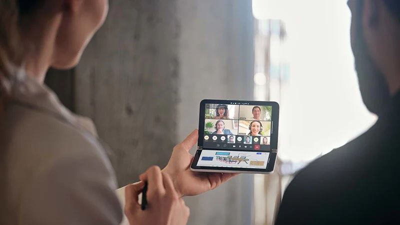 Surface Duo 2 doble pantalla