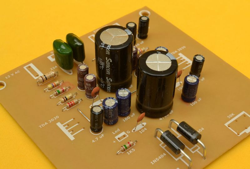 amplificador condensadores japoneses